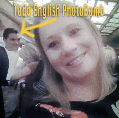 toddenglishphotobomb